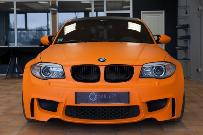 BMW 1M covering matte orange